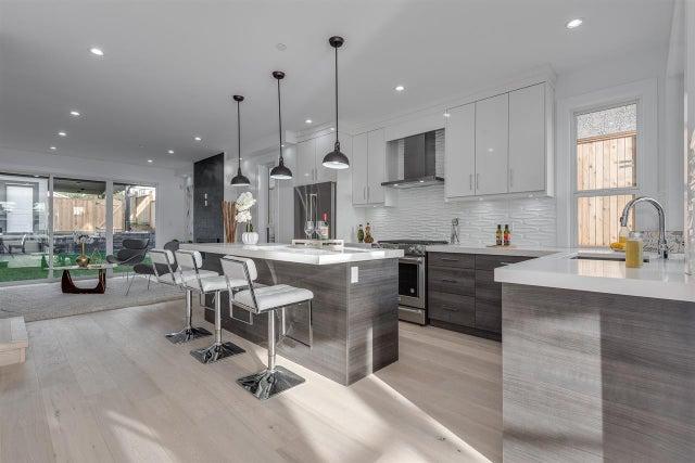 214 E 21ST STREET - Central Lonsdale 1/2 Duplex for sale, 4 Bedrooms (R2381476) #2
