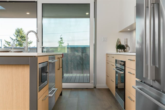 738 E 3RD STREET - Queensbury 1/2 Duplex for sale, 6 Bedrooms (R2424181) #3