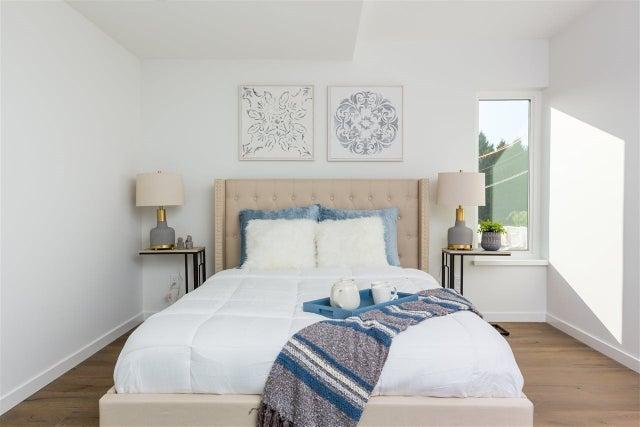 738 E 3RD STREET - Queensbury 1/2 Duplex for sale, 6 Bedrooms (R2424181) #8