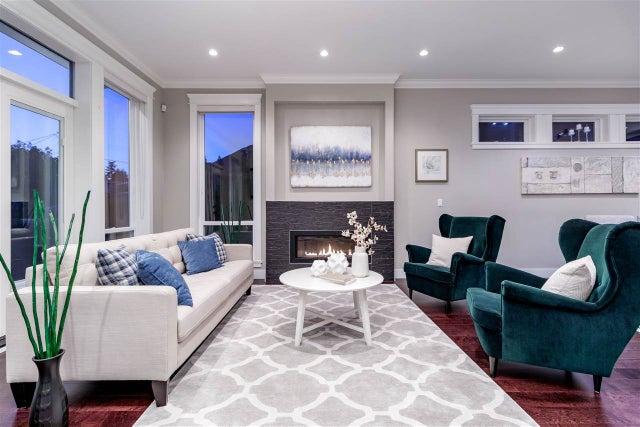 3634 CARNARVON AVENUE - Upper Lonsdale House/Single Family for sale, 4 Bedrooms (R2468815) #3