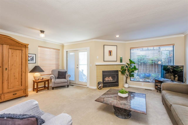 27 2133 ST. GEORGES AVENUE - Central Lonsdale Townhouse for sale, 3 Bedrooms (R2503791) #2