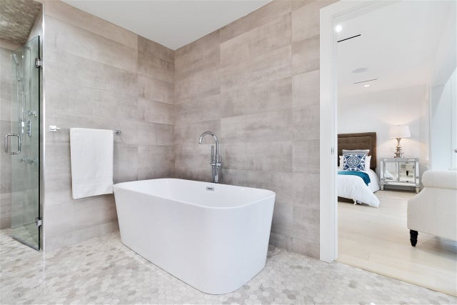 1090 ADDERLEY STREET - Calverhall House/Single Family for sale, 7 Bedrooms (R2521031) #21