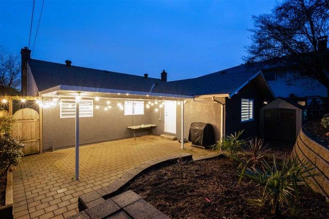 1014 CALVERHALL STREET - Calverhall House/Single Family for sale, 4 Bedrooms (R2544843) #22