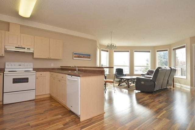 210 9120 156 Street NW - Meadowlark Park Lowrise Apartment for sale, 1 Bedroom (E4105271) #6