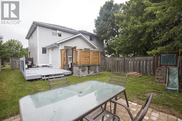 1395 THORNWOOD CRES - Kingston House for sale, 3 Bedrooms (360890611) #5