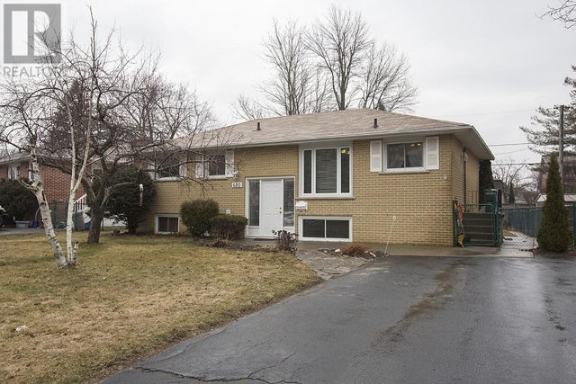 680 SUSSEX Boulevard  - Kingston House for sale, 4 Bedrooms (361220106) #1