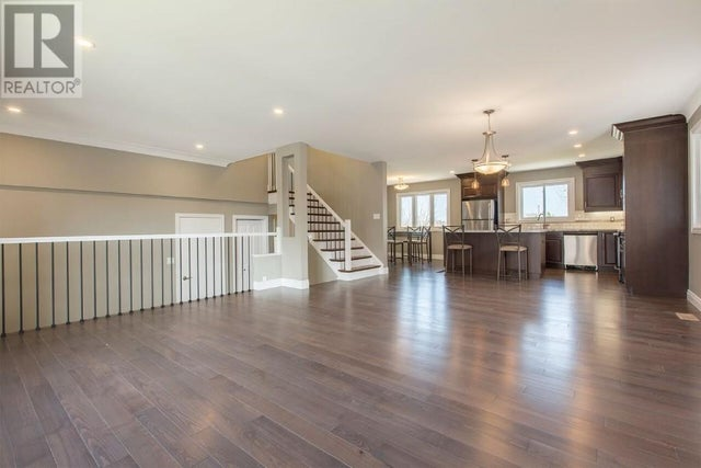 93 COUNTRY CLUB Drive  - Kingston House for sale, 4 Bedrooms (360040398) #4