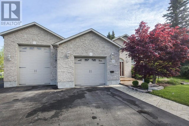 946 WOODBINE Road  - Kingston House for sale, 3 Bedrooms (360910161) #1