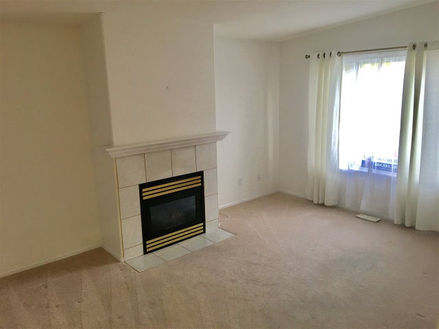 256 1840 160TH STREET - King George Corridor Manufactured for sale, 3 Bedrooms (R2133102) #2