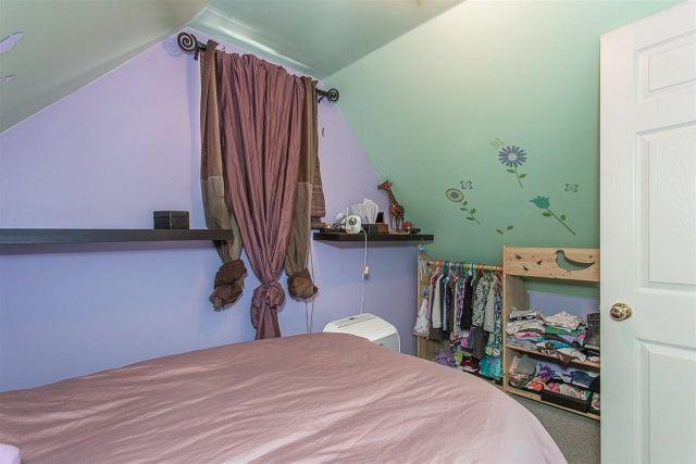 11369 MAPLE CRESCENT - Southwest Maple Ridge House/Single Family for sale, 3 Bedrooms (R2205980) #11