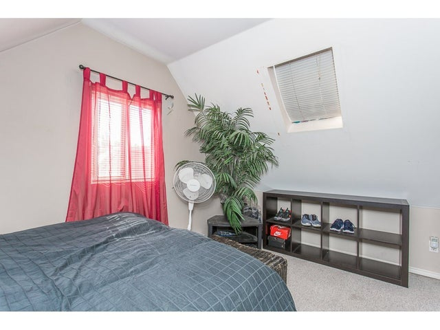 11369 MAPLE CRESCENT - Southwest Maple Ridge House/Single Family for sale, 3 Bedrooms (R2205980) #13