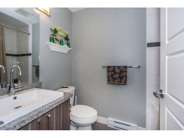 218 20219 54A AVENUE - Langley City Apartment/Condo for sale, 2 Bedrooms (R2213112) #17