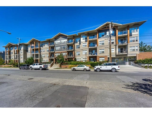 218 20219 54A AVENUE - Langley City Apartment/Condo for sale, 2 Bedrooms (R2213112) #1