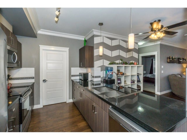 218 20219 54A AVENUE - Langley City Apartment/Condo for sale, 2 Bedrooms (R2213112) #6