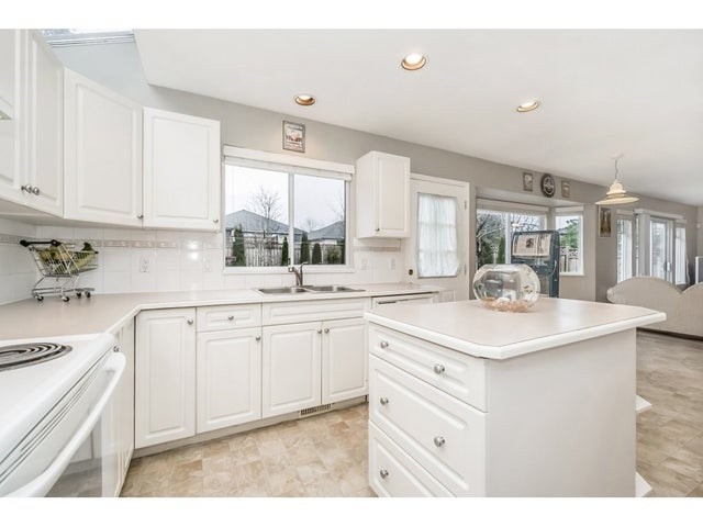 15851 80TH AVENUE - Fleetwood Tynehead House/Single Family for sale, 4 Bedrooms (R2235992) #11