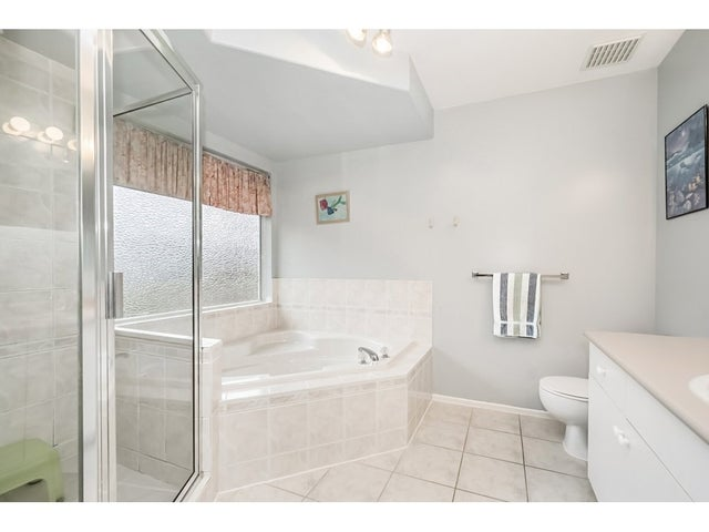15851 80TH AVENUE - Fleetwood Tynehead House/Single Family for sale, 4 Bedrooms (R2235992) #14