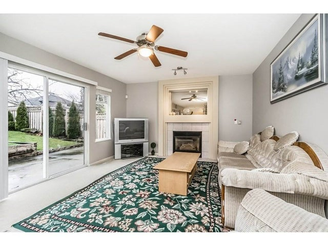 15851 80TH AVENUE - Fleetwood Tynehead House/Single Family for sale, 4 Bedrooms (R2235992) #7
