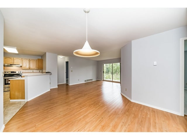208 10743 139 STREET - Whalley Apartment/Condo for sale, 2 Bedrooms (R2268711) #4