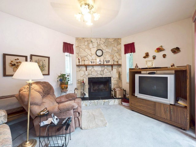 15453 84 AVENUE - Fleetwood Tynehead House/Single Family for sale, 3 Bedrooms (R2269609) #11
