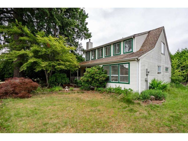 15817 95A AVENUE - Fleetwood Tynehead House/Single Family for sale, 4 Bedrooms (R2282109) #1