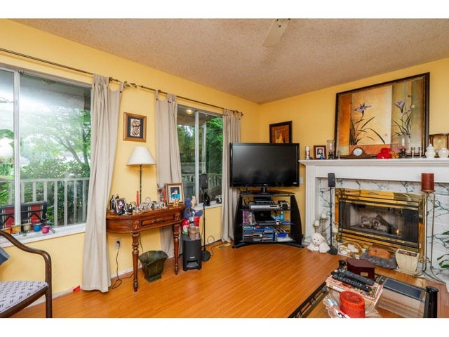 15817 95A AVENUE - Fleetwood Tynehead House/Single Family for sale, 4 Bedrooms (R2282109) #9