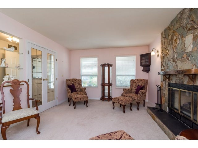 8467 155 A STREET - Fleetwood Tynehead House/Single Family for sale, 2 Bedrooms (R2299836) #4