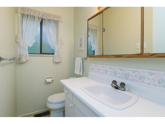 7109 114A STREET - Sunshine Hills Woods House/Single Family for sale, 3 Bedrooms (R2306221) #13