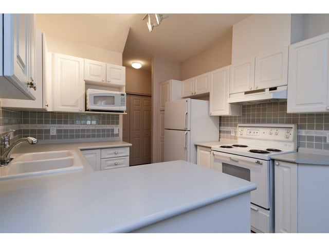 34 15677 24 AVENUE - King George Corridor Townhouse for sale, 3 Bedrooms (R2312543) #9