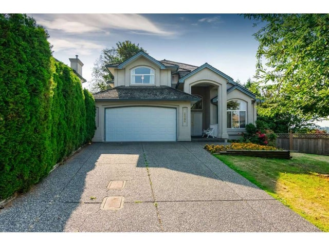 8246 150 A STREET - Bear Creek Green Timbers House/Single Family for sale, 7 Bedrooms (R2314087) #1