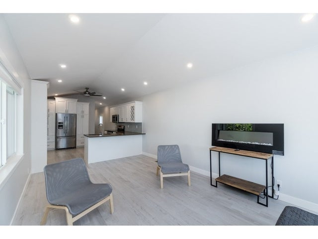200 1840 160 STREET - King George Corridor Manufactured for sale, 1 Bedroom (R2381891) #12