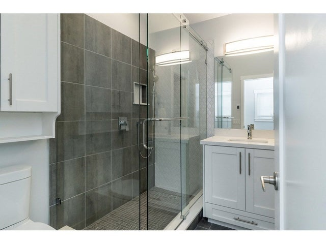 200 1840 160 STREET - King George Corridor Manufactured for sale, 1 Bedroom (R2381891) #16