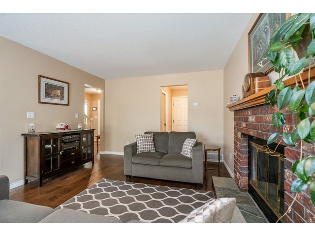 15428 94 AVENUE - Fleetwood Tynehead House/Single Family for sale, 3 Bedrooms (R2456129) #10