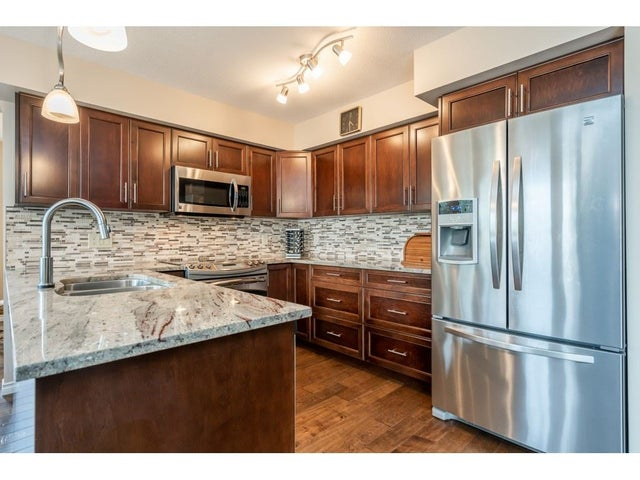 15428 94 AVENUE - Fleetwood Tynehead House/Single Family for sale, 3 Bedrooms (R2456129) #11