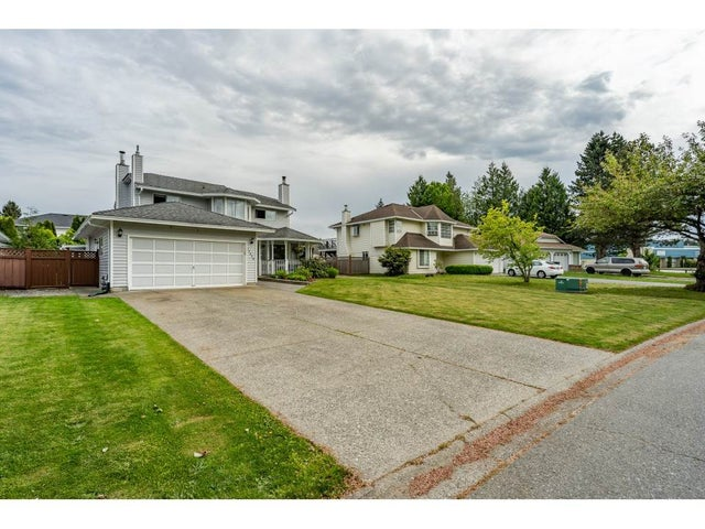 15428 94 AVENUE - Fleetwood Tynehead House/Single Family for sale, 3 Bedrooms (R2456129) #2