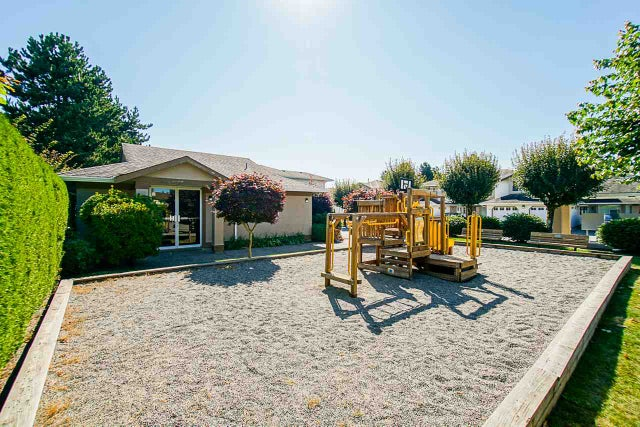 603 8260 162A STREET - Fleetwood Tynehead Townhouse for sale, 3 Bedrooms (R2488559) #28