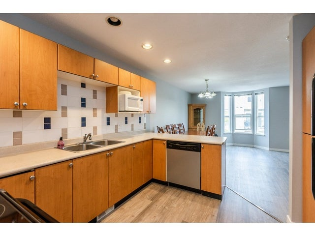 15 9559 130A STREET - Queen Mary Park Surrey Townhouse for sale, 2 Bedrooms (R2510074) #14