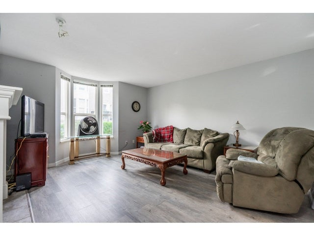 15 9559 130A STREET - Queen Mary Park Surrey Townhouse for sale, 2 Bedrooms (R2510074) #5