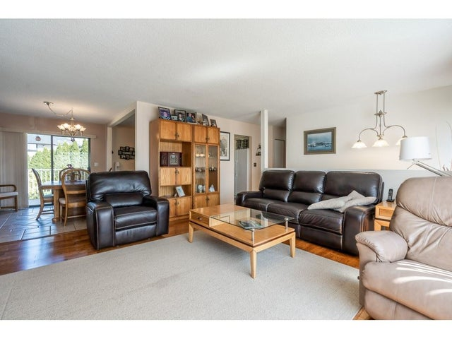 15481 85A AVENUE - Fleetwood Tynehead House/Single Family for sale, 3 Bedrooms (R2568184) #10