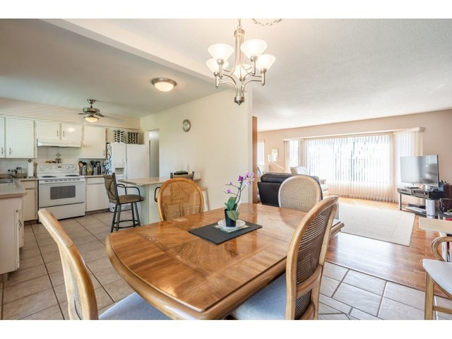 15481 85A AVENUE - Fleetwood Tynehead House/Single Family for sale, 3 Bedrooms (R2568184) #12