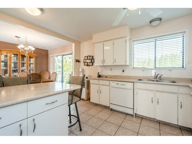 15481 85A AVENUE - Fleetwood Tynehead House/Single Family for sale, 3 Bedrooms (R2568184) #17