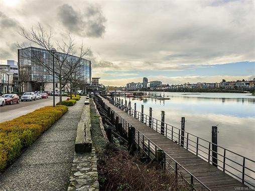 301 330 Waterfront Cres - Vi Rock Bay Condo Apartment for sale, 2 Bedrooms (372254) #18