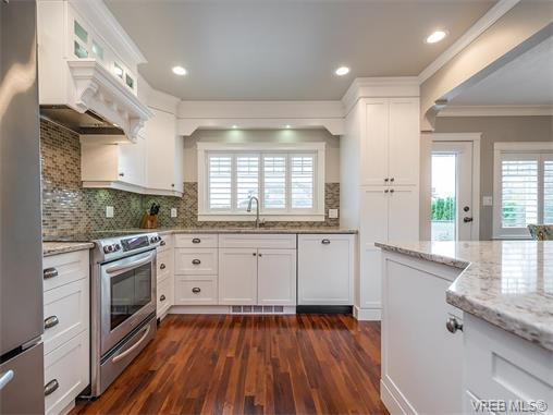 2213 Windsor Rd - OB South Oak Bay Single Family Detached for sale, 4 Bedrooms (373097) #4