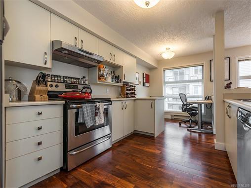 201 853 North Park St - Vi Central Park Condo Apartment for sale, 2 Bedrooms (373317) #3