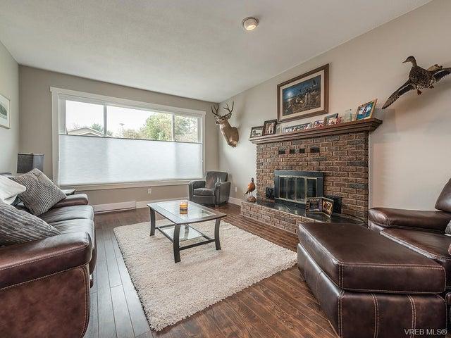 7725 Azurene Pl - CS Saanichton Single Family Detached for sale, 3 Bedrooms (373609) #2