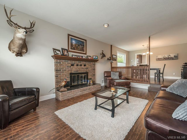7725 Azurene Pl - CS Saanichton Single Family Detached for sale, 3 Bedrooms (373609) #3