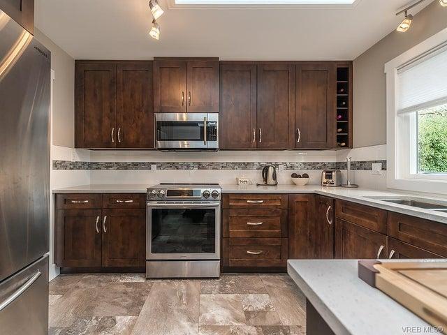 7725 Azurene Pl - CS Saanichton Single Family Detached for sale, 3 Bedrooms (373609) #6