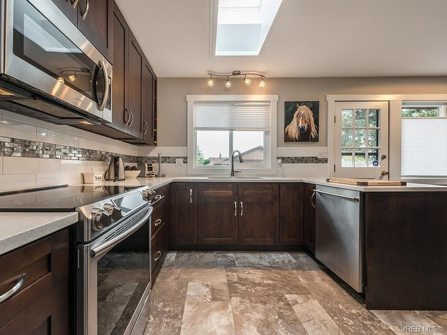 7725 Azurene Pl - CS Saanichton Single Family Detached for sale, 3 Bedrooms (373609) #7