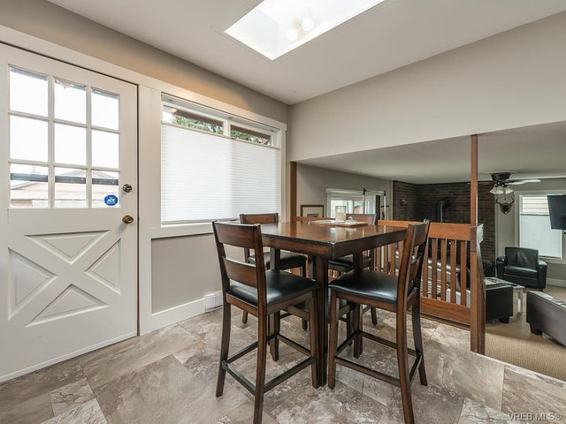 7725 Azurene Pl - CS Saanichton Single Family Detached for sale, 3 Bedrooms (373609) #8