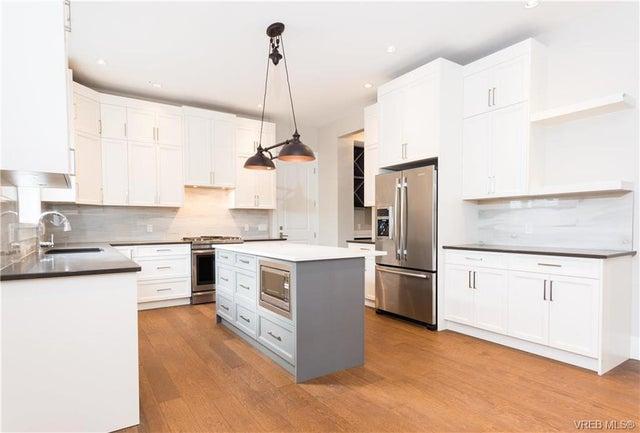 2125 Fair St - OB Henderson Single Family Detached for sale, 4 Bedrooms (373638) #2