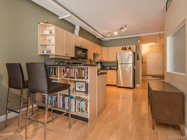 206 648 Herald St - Vi Downtown Condo Apartment for sale, 2 Bedrooms (374649) #1
